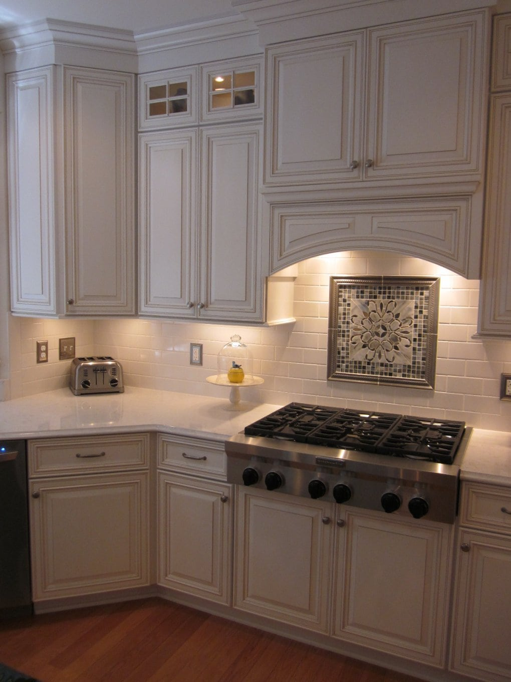 - Create A Focal Point In Your Kitchen - Conestoga Tile